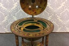Wiskey Globe